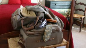 Best Ways to Pack Suitcase in Week